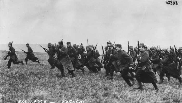 French infantrymen bayonet charge, 1914